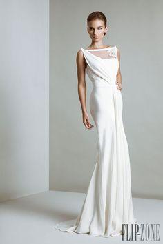 Tony Ward - Bridal - 2014 collection - http://www.flip-zone.net/fashion/bridal/couture/tony-ward-4062
