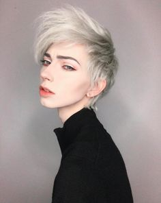 jude karda (non binary, white) Jude Karda, Pretty People, Beautiful People, Girl Body, Androgynous, Ulzzang Girl, Cosplay, Hair Goals, How To Look Better