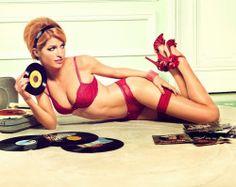 "vinylespassion:  ""source: http://www.pinupcartoongirls.com/  """