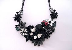 Collier plastron Black ladybird - Colliers - La boutique de Louise