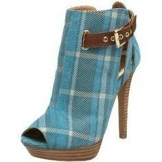#super cute blue plaid ankle boots!