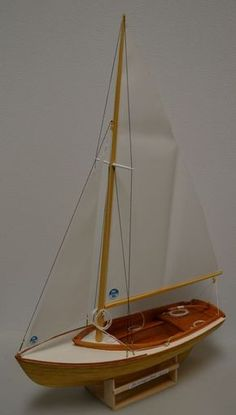 Herreshoff BB 14 22 002 - Herreshoff Buzzards Bay 14 FTR. by Pete48 - Gallery - Model Ship World