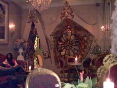 "Τhe cave of ""Beach Blanket Babylon"" cafe/pub/restaurant, in Notting Hill. (slightly lightened  photo)"