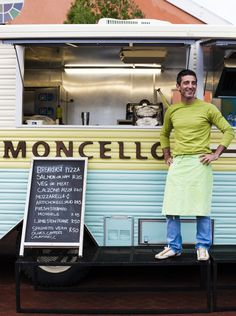 Food trucks like Limoncello, are the latest arrival on South Africa's booming food scene. Mobile Cafe, Mobile Shop, Best Coffee Shop, Coffee Love, Cafe Restaurant, Restaurant Design, Potato Food, Food Vans, Rice Ball