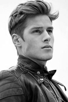 Men's Hairstyles For Thick Wavy Hair