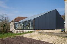River Cottage HQ / Satellite Architects