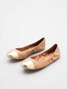 saw some similar at Nordstrom Rack, but they didn't have my size. CURSES! / baxton by sam edelman
