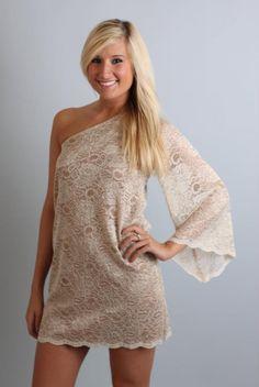 Simple side dress, love it.