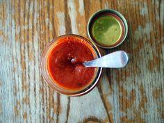 Homemade Tomato Sauce via @iquitsugar