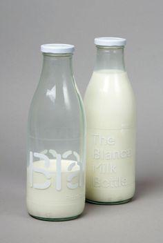 """Actualité / """"Blanca"""" s'inspire des vaches Holstein / étapes: design & culture visuelle"""