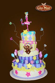 circus-circus delicious cake