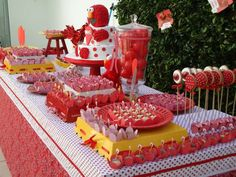 Very cool party setup! Elmo, polka dots and gingham!