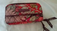 Vera Bradley Quilted Multi Color Pink Clutch Wallet ID Card Slots Coin Packet