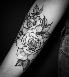 Discover recipes, home ideas, style inspiration and other ideas to try. Baby Tattoos, Dream Tattoos, Girly Tattoos, Future Tattoos, Rose Tattoos, Flower Tattoos, Body Art Tattoos, Sleeve Tattoos, Peonies Wallpaper