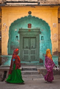 Nawalgarh, India | Davied Meerstra... Love the way they dress... color coordinated with the door