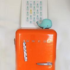 Ein Guten Morgen Farbtupfer :-) #smeg #design #smegdesign #style #50s #retro #retrostyle #smeg50style #inspiration #smegfridge #fridge #fridges #cool Retro, Food Storage, Retro Illustration, Mid Century