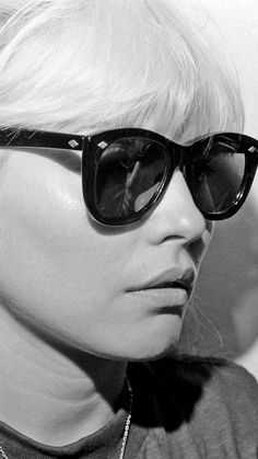 Debbie Harry http://cometruethroughthebackdoor.blogspot.com/2015/04/thursday-right.html