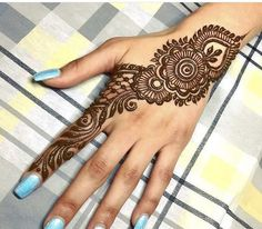 Easy and Simple Henna Designs for Beginners - Mehndi designs - Hand Henna Designs Mehndi Designs Book, Finger Henna Designs, Legs Mehndi Design, Mehndi Designs For Girls, Mehndi Designs 2018, Mehndi Designs For Beginners, Mehndi Designs For Fingers, Unique Mehndi Designs, Mehndi Design Pictures