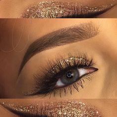 gold glitter cut crease, no crease color, black winged liner + tightlining + waterlining @glamstardustcari #modern glam eye makeup