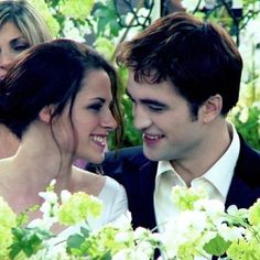 Edward Cullen and Bella Swan-Cullen