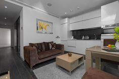 Living room, Strand Serviced Accommodations, Londo