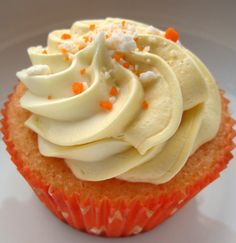 Cupcake de Fanta Laranja - Mamãe eu Kero