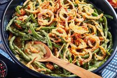 You'll love this green bean and pimento cheese casserole Southern Thanksgiving Recipes, Thanksgiving Green Beans, Thanksgiving Side Dishes, Southern Recipes, Homemade Green Bean Casserole, Vegan Green Bean Casserole, Greenbean Casserole Recipe, Casserole Recipes, Crock Pot Recipes