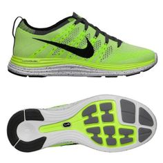 NEW NIKE FLYKNIT ONE+ RUNNING SHOES WOMEN'S size 8.5 $160 VOLT 554888 701