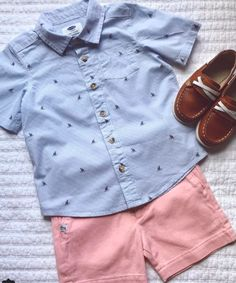 Our boy dress & baby outfits are severely lovely. Preppy Baby Boy, Cute Baby Boy Outfits, Boys Summer Outfits, Little Boy Outfits, Toddler Boy Outfits, Toddler Boys, Adrette Outfits, Preppy Outfits, Kids Outfits