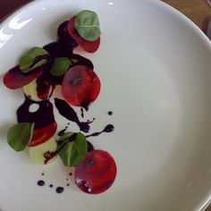 noma_glazed_beets  In its place comes a focus on more hand-crafted food, served in an informal way, and often featuring local produce and methods.
