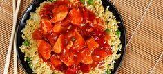 Δείτε πώς θα φτιάξετε στο σπίτι λαχταριστό κινέζικο φαγητό με κοτόπουλο, λαχανικά, μοσχάρι και γαρίδες. Bruschetta, Pork, Rice, Ethnic Recipes, Sweet, Kale Stir Fry, Candy, Pork Chops, Laughter