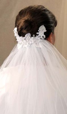 first communion veils in stock in a variety of styles including headbands, tiaras, crowns, bunwraps, wreaths. coordinate your communion veil with christian expressions first communion dresses and accessories. First Communion Veils, Girls Communion Dresses, First Holy Communion, Headpiece Wedding, Wedding Veils, Hair Wedding, Christian Bridal Saree, Communion Hairstyles, Holy Communion Invitations