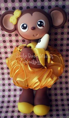 *SORRY, no information given as to product used ~ Macaquinha e sua bananinha...rs Logomarca Mari Banana by Sonho Doce Biscuit *Vania.Luzz*, via Flickr