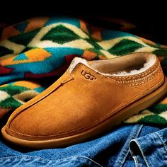 UGG Men's Slippers for Natural Comfort and Cozy Warmth!