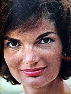 A blog that posts on the life of Jacqueline Kennedy Onassis........THOSE MUST BE FRECKLES........DIDN'T KNOW SHE HAD THEM !!!..............ccp
