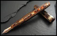 Omas Arco fountain pen. Made in 1993. Photo by SanchezAlamo. #OMAS #FountainPens