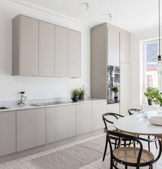 The Best Scandinavian Kitchen Decor Ideas Kitchen Furniture, Kitchen Interior, Kitchen Decor, Skandi Kitchen, Rustic Kitchen, Office Furniture, Nordic Kitchen, New Kitchen, Beige Kitchen