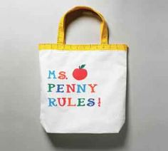 Teachers can always use tote bags...make this cute bag and your teacher will love it!
