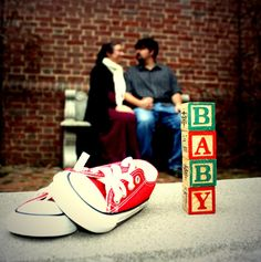Ideas For Baby Announcement Shoes Backgrounds Maternity Poses, Maternity Pictures, Maternity Photography, Baby Pictures, Baby Photos, Baby Announcement Shoes, Pregnancy Announcement Photos, Pregnancy Photos, Cute Photos
