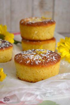 BIZCOCHITOS DE LIMÓN Y MASCARPONE | Con Harina en Mis Zapatos Sweet Dough, Mascarpone, Homemade Cakes, Mini Cakes, Cup Cakes, Great Desserts, Lemon Desserts, Dessert Recipes, Healthy Cake