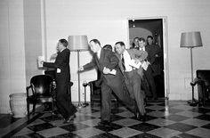 Washington reporters running to the telephones to break the news of the Pearl Harbor attack