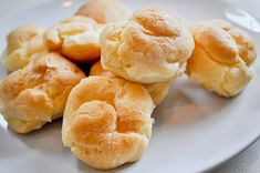 Buñuelo Relleno de Crema Pastelera Te enseñamos a cocinar recetas fáciles cómo la receta de Buñuelo Relleno de Crema Pastelera y muchas otras recetas de cocina..