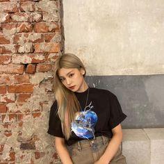 Kpop Girl Groups, Korean Girl Groups, Kpop Girls, I Love Girls, New Girl, South Korean Girls, Foto E Video, Ulzzang, Just For You