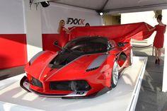 Ferrari FXX K Photo Wallpaper