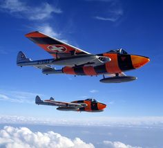 Formation of Swiss Air Force De Havilland 100 Vampires Military Jets, Military Aircraft, B1 Bomber, De Havilland Vampire, Swiss Air, Old Planes, Aircraft Parts, Aircraft Painting, Aircraft Pictures
