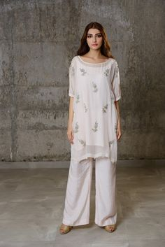 2 piece embroidered dress by Phatyma Khan offical#springcollection #spring #readytowear #pretwear #unstitched #online #linen #lawncollection #linen #linencollection #chiffon #cotton #embroidered #printed #digital #lahore #karachi #islamabad #newyork #london #pakistan #pakistani #indian #alkaram #limelight #nishat #khaddar #daraz #gulahmed #blackfriday #pakistani_dresses #best_price #indian_dresses #eid #eiddresses #eidcollection Eid Dresses, Pakistani Dresses, Indian Dresses, Karma, India Fashion, Women's Fashion, White Suits, Silk Dupatta, Kurta Designs