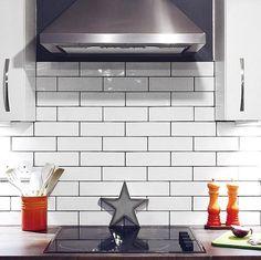 Tinte Blanco Gloss (Sample) Brick Bonds, Wood Effect Tiles, Metro Tiles, Kitchen Wall Tiles, Interior Walls, Muted Colors, Tile Design, White Ceramics, Create Yourself