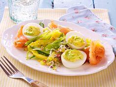 Low Carb – leckere Rezepte mit wenig Kohlenhydraten - gefuellte-eier  Rezept