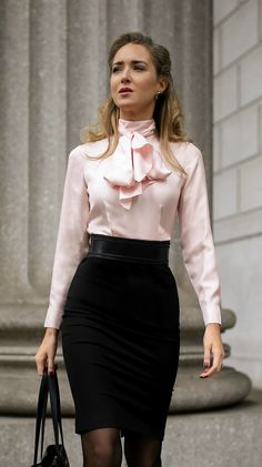 What To Wear To An Interview // Pink and black tie-neck two-toned sheath dress,. - What To Wear To An Interview // Pink and black tie-neck two-toned sheath dress,. What To Wear To An Interview // Pink and black tie-neck two-toned s. Fashion Mode, Office Fashion, Work Fashion, Fashion Outfits, Style Fashion, Lawyer Fashion, Interview Attire, Interview Style, Classy Outfits