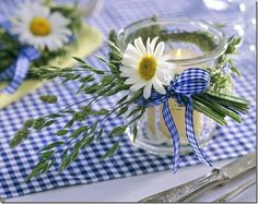 sweet :)  gingham and daisies